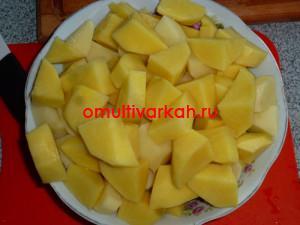 Клубни картофеля промыть, очистить от кожуры