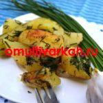 Вкуснейшая печеная картошка с салом в мультиварке (рецепт с фото)